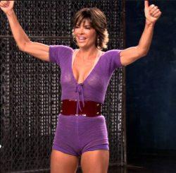 Lisa Rinna Fitness Routine: Dance it off